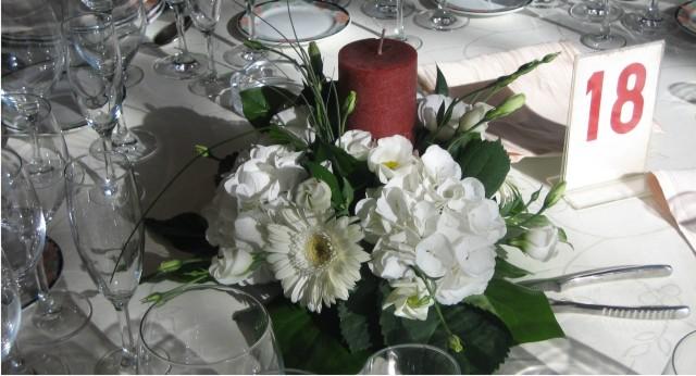 Centros de mesa para bodas allium floristas - Precios de centros de mesa para boda ...