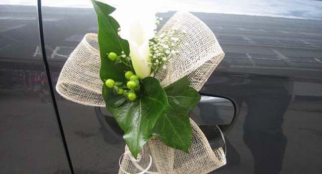 Coche boda allium floristas - Decoracion interior coche ...