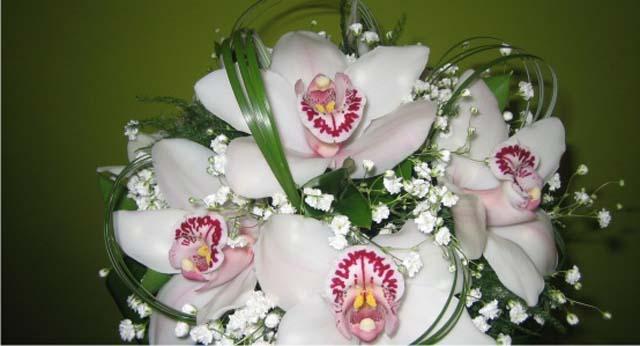 Ramos de novia originales allium floristas - Ramos de flores modernos ...